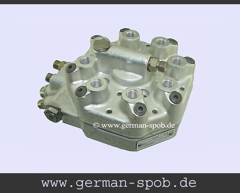 0438100068 Fuel Distributor  Regenerated Condition Mercedes Benz Sl  C107 350 Slc Coupe   (Bosch: 0438100068, 0 438 100 068, 0986438089, 0 986 438 089)